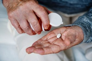 Φαρμακα και ηλικιωμένοι